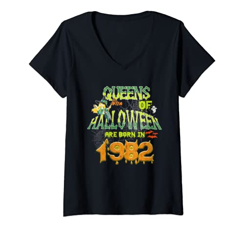 Womens Queens Of Halloween Are Born In 1982 37th Birthday Gifts V Neck T Shirt