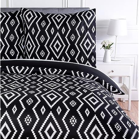 Amazon Basics Parure de lit avec housse de couette en microfibre, 240 x 220 cm, Noir (Black Aztec)