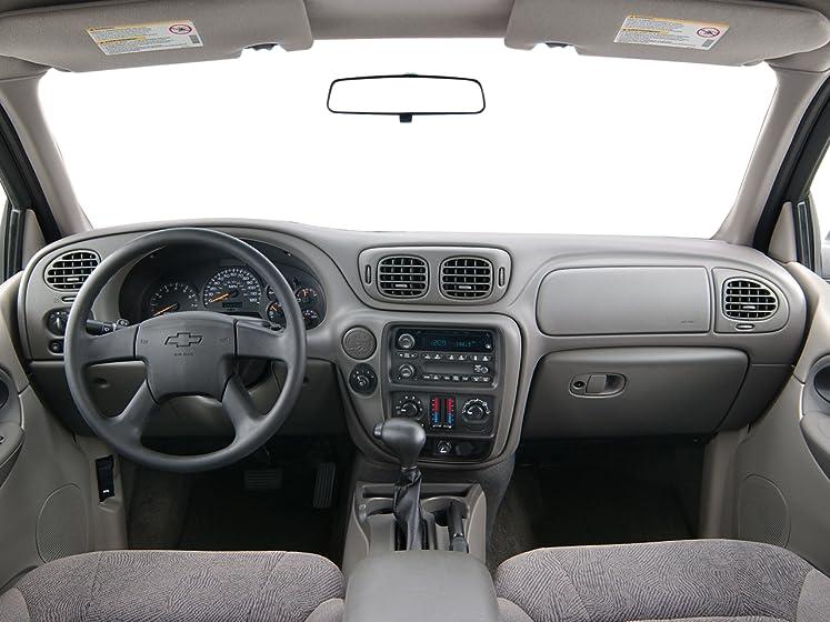 amazon com 2004 chevrolet trailblazer ls reviews images and specs vehicles 2004 chevrolet trailblazer ls 4 door 2 wheel drive dark green metallic