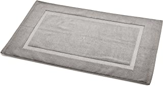 AmazonBasics Banded Bathroom Bath Rug Mat – 20 x 31 Inch, Grey