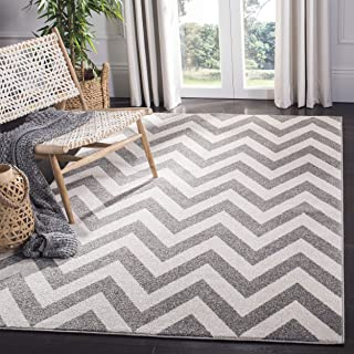 Safavieh Amherst Collection AMT419R Dark Grey and Beige Indoor/ Outdoor Area Rug (3' x 5')