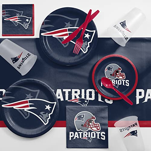 bac07208d5f Creative Converting New England Patriots Game Day Party Supplies Kit