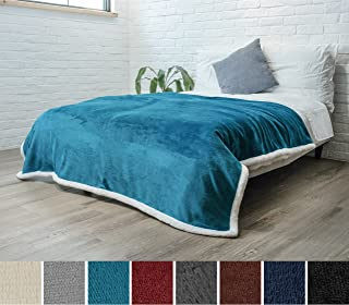 PAVILIA Premium Sherpa Fleece Blanket Twin Size | Soft, Plush, Fuzzy Turquoise Throw | Reversible Warm Cozy Microfiber Solid Bed Blanket (Sea Blue, 60x80 Inches)