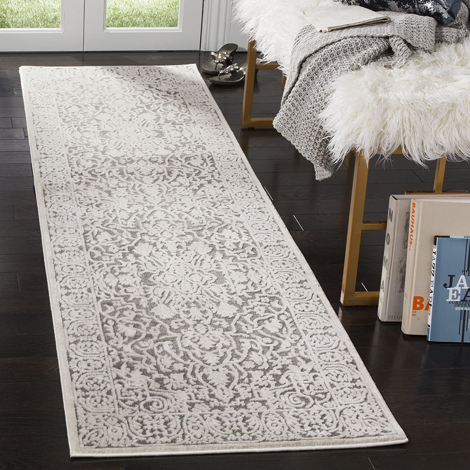 Safavieh Reflection Collection RFT670A Beige and Cream Runner (2'3  x 8')