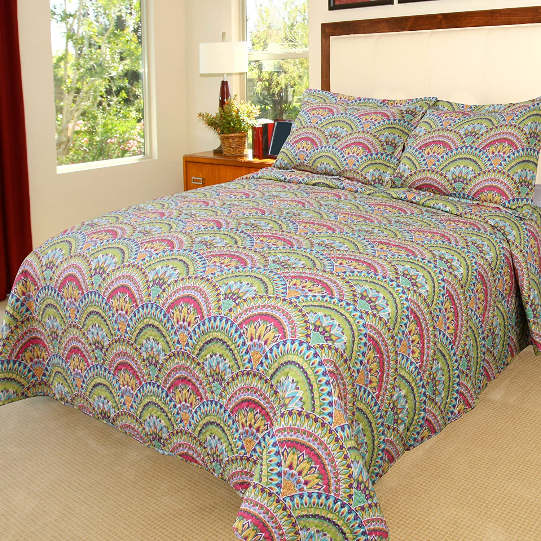 Amazon Com Bedford Home Queen Melanie Quilt 3 Piece Set Full Quee Multicolor Home Kitchen