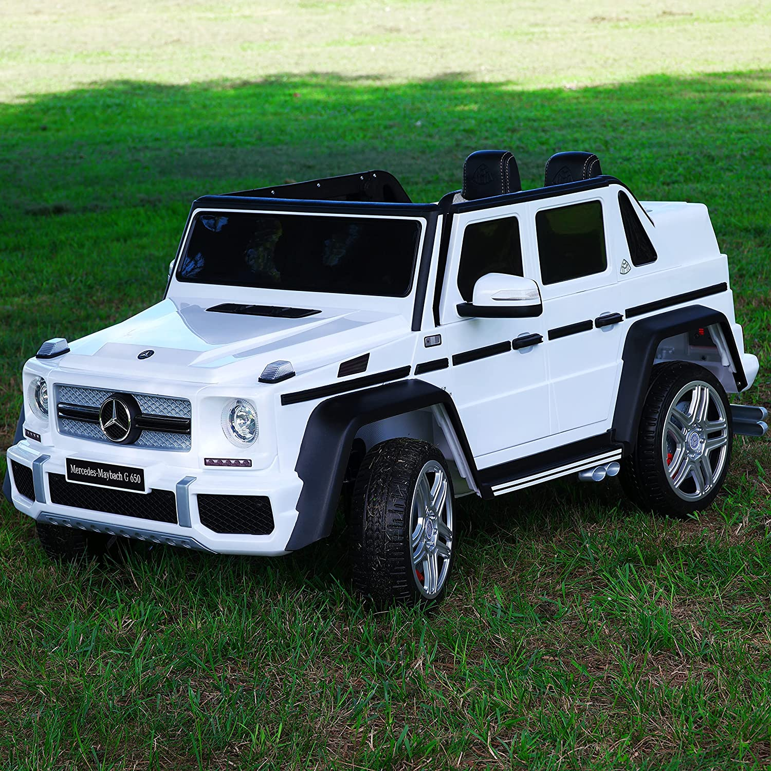 Moderno Kids Maybach G650 12V Kids Ride-On Car with Parental Remote + EVA Foam Rubber Wheels + Leather Seat + MP3 Player with USB Port + Wireless Music Streaming (White)