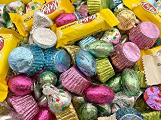 Chocolate Candy Assortment HERSHEY'S Chocolate Eggs, HERSHEY'S KISSES, REESE'S Cups, Candy Mix - Bulk 4 Lbs