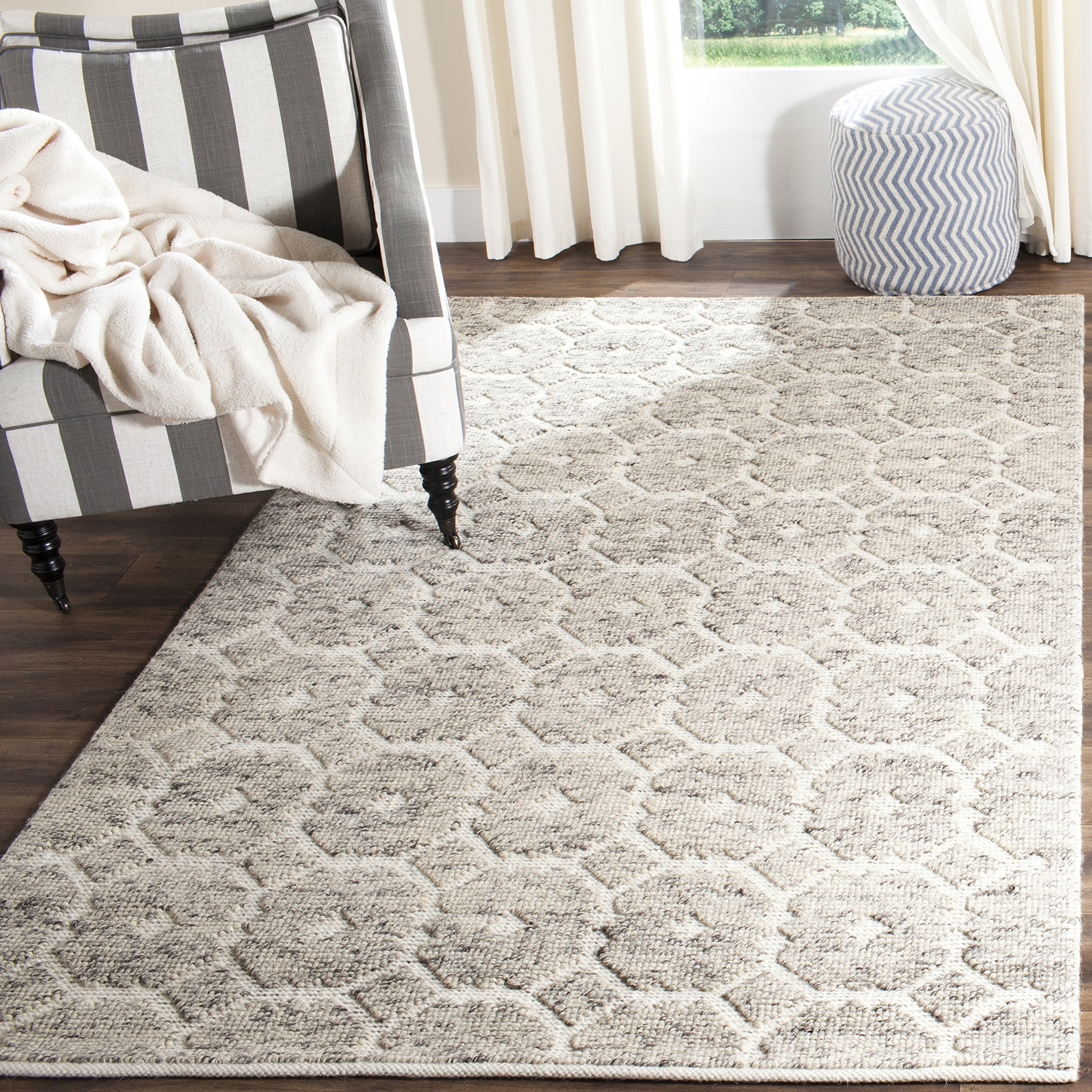 Amazon Com Safavieh Martha Stewart Collection Msr2560a Handmade Wool Area Rug 5 X 8 Grey Ivory Furniture Decor
