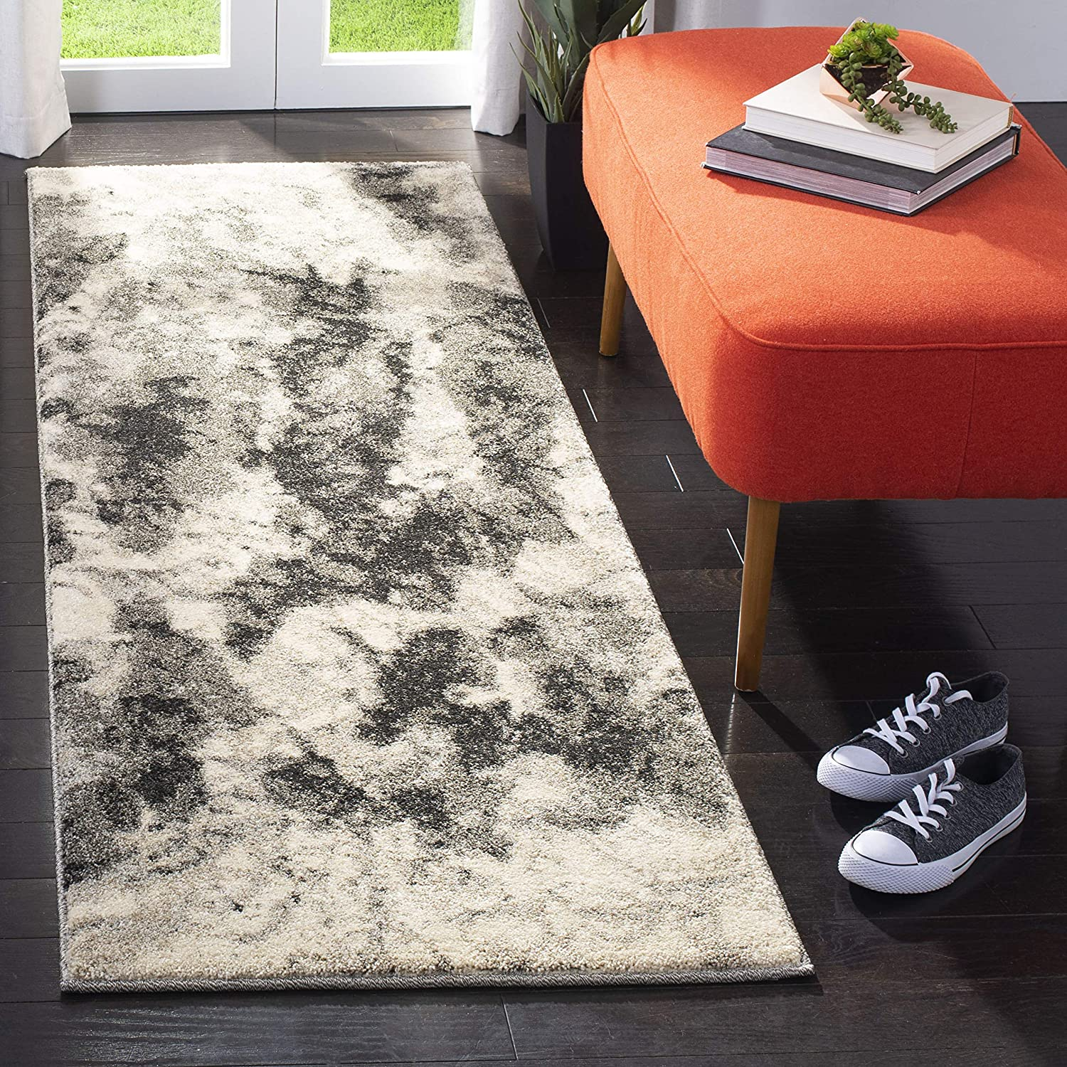 Safavieh Retro Collection Large discharge sale RET2141 Modern Non-Shedding depot Abstract S