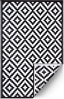 FH Home Indoor/Outdoor Recycled Plastic Floor Mat/Rug - Reversible - Weather & UV Resistant - Aztec - Black/White (5 ft x 8 ft)