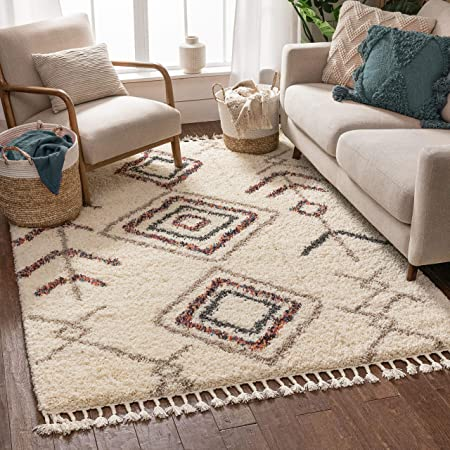 Amazon Com Well Woven Asilah Collette Shag Tribal Nomadic Ivory 3 11 X 5 3 Area Rug Furniture Decor