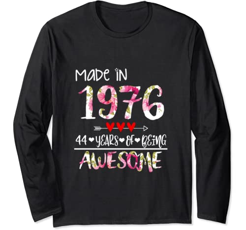 44 Years Old Vintage 1976 Birthday 44 Years Of Being Awesome Long Sleeve T Shirt