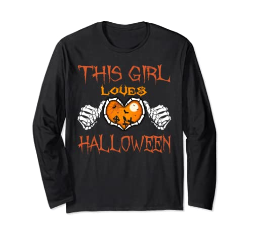 This Girl Loves Halloween Funny Halloween Long Sleeve T-Shirt
