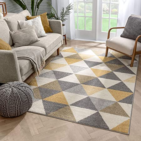 Amazon Com Well Woven Isometry Gold Grey Modern Geometric Triangle Pattern 5 X 7 Area Rug Soft Shed Free Easy To Clean Stain Resistant Home Kitchen