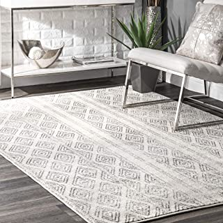 nuLOOM Sarina Diamonds Area Rug, 6' 7