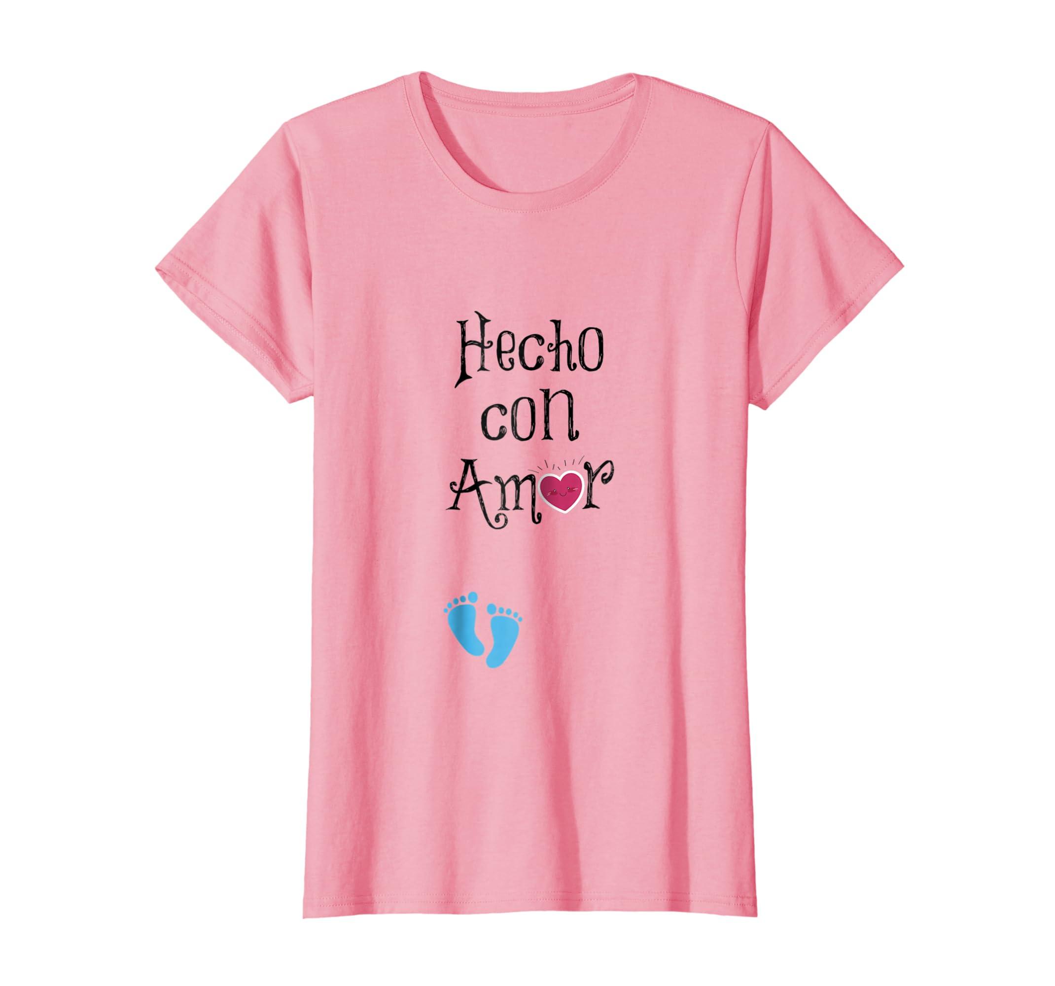 Amazon.com: Hecho con Amor con un corazon y los pies de un bebe: Clothing