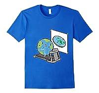Flat Earth Workout Conspiracy Theory T-shirt Royal Blue