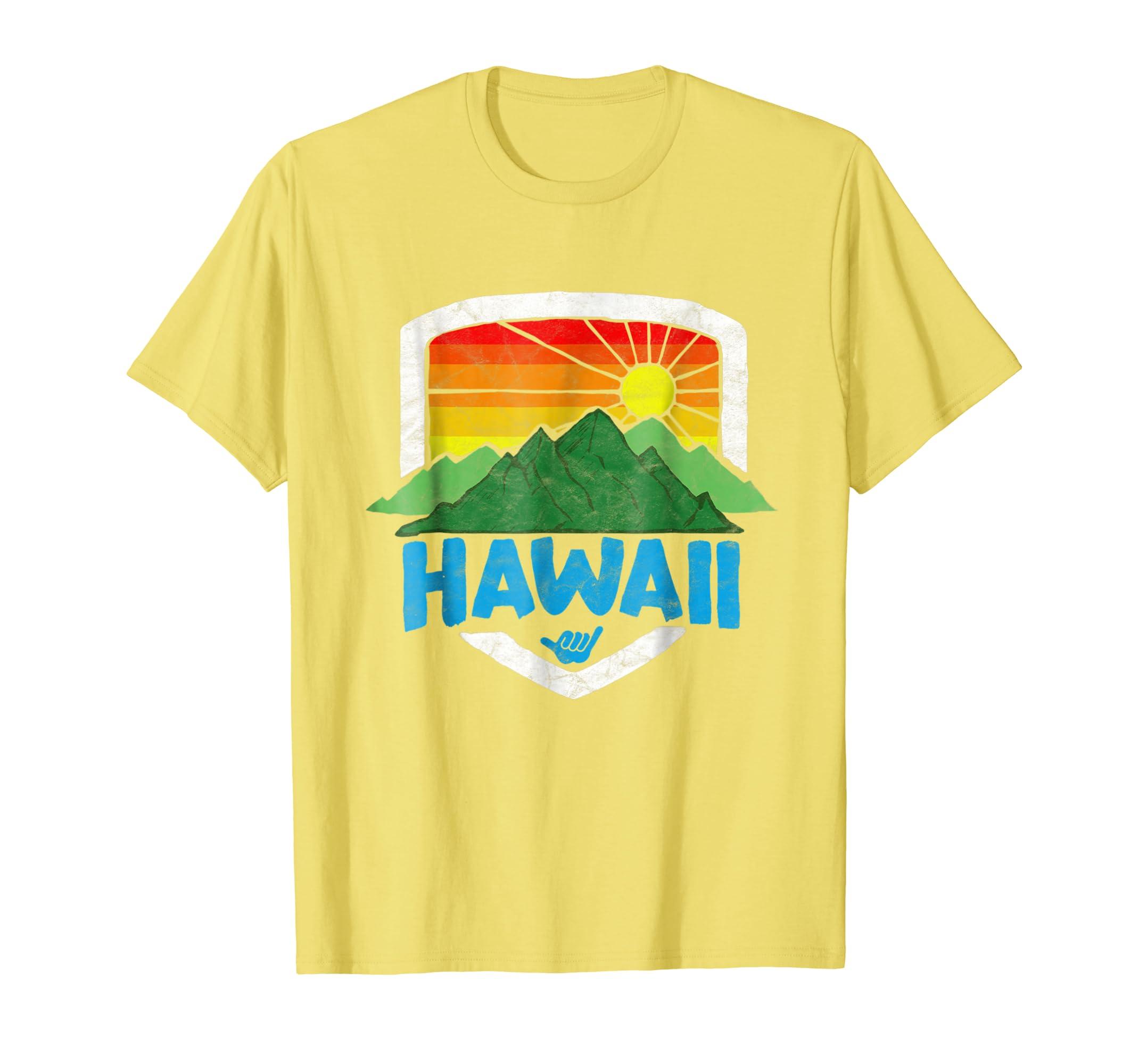 169ef24e Amazon.com: Vintage Hawaii Graphic Tee - Retro Rainbow Sun Shirt: Clothing