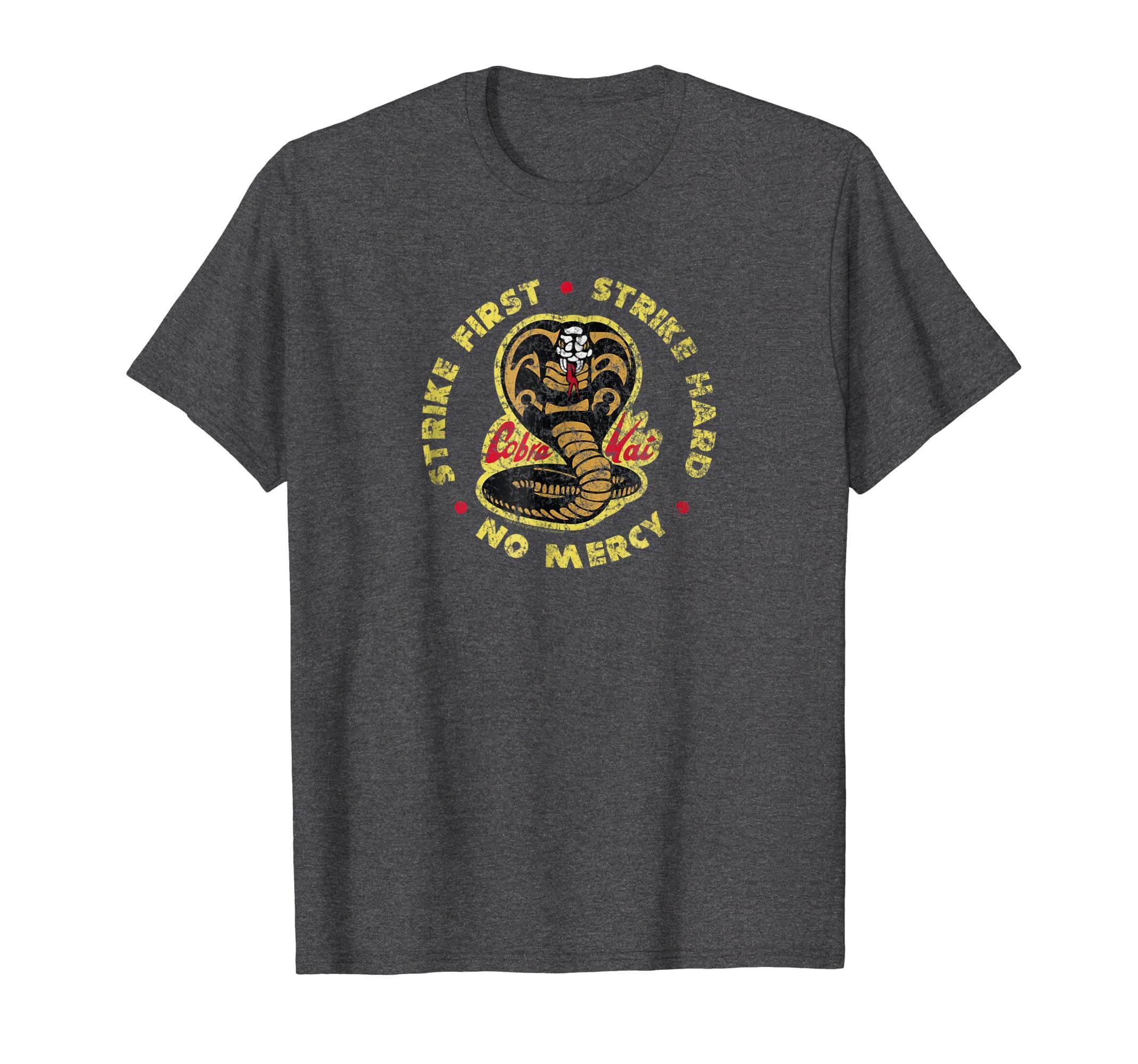 2c26bed1 Amazon.com: The Karate Kid Cobra Kai Vintage T-shirt: Clothing
