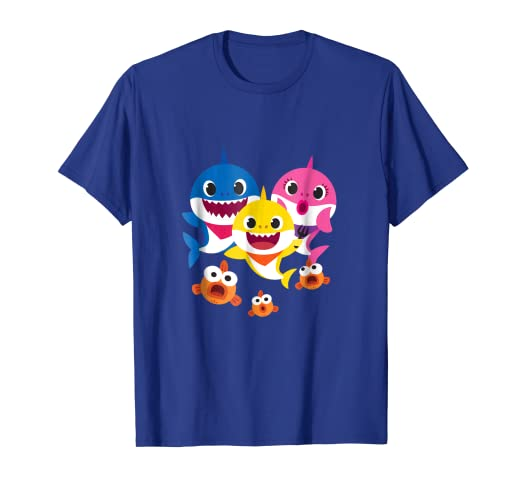 2b15de43 Amazon.com: Pinkfong Baby Shark family t-shirt: Clothing