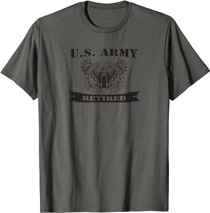 US Army CW3 Retired Eagle Rising Sweatshirt Sweatshirt