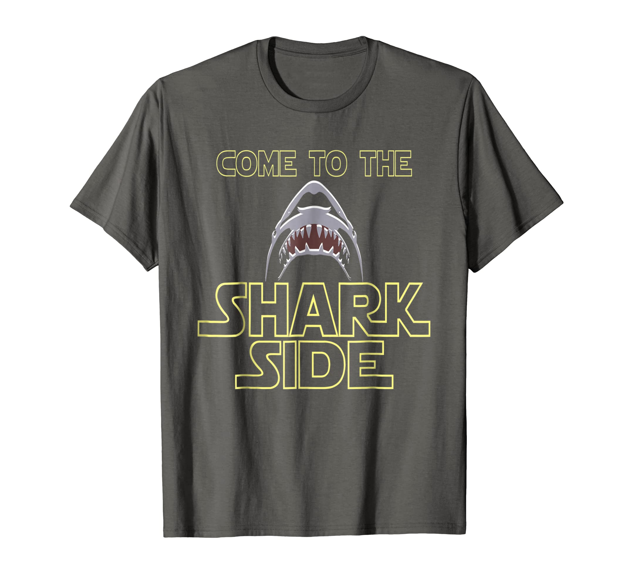 fdb77d5ed Amazon.com: Great White Shark Shirt For Shark Lovers T-Shirt: Clothing
