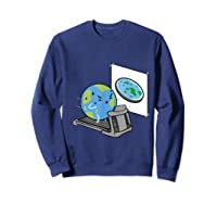 Flat Earth Workout Conspiracy Theory T-shirt Sweatshirt Navy