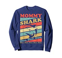 Retro Vintage Mommy Shark Grandma Mather's Day Gifts Shirts Sweatshirt Navy