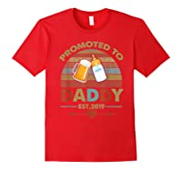 Promoted To Daddy Est 2019 Vintage Arrow T-shirt Red