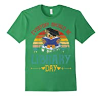Vintage Everyday Should Be Library Day Owl Reading Book Gift T Shirt Forest Green