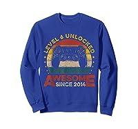 Retro 6th Birthday Gamer Level 6 Unlocked Awesome Since 2014 T-shirt Sweatshirt Royal Blue