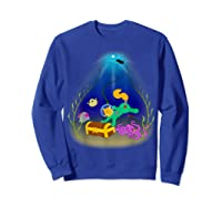 Underwater Treasure Hunter Cat Adventure Shirts Sweatshirt Royal Blue