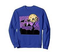 Dark Spooky Night Black Cat With Bats Halloween Shirts Sweatshirt Royal Blue