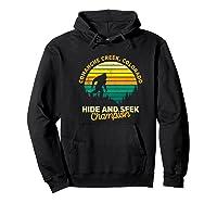 Retro Comanche Creek, Colorado Big Foot Souvenir Shirts Hoodie Black