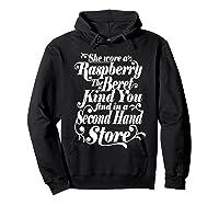 She Wore A Raspberry Beret T Shirt Hoodie Black