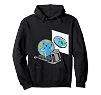 Flat Earth Workout Conspiracy Theory T-shirt Hoodie Black