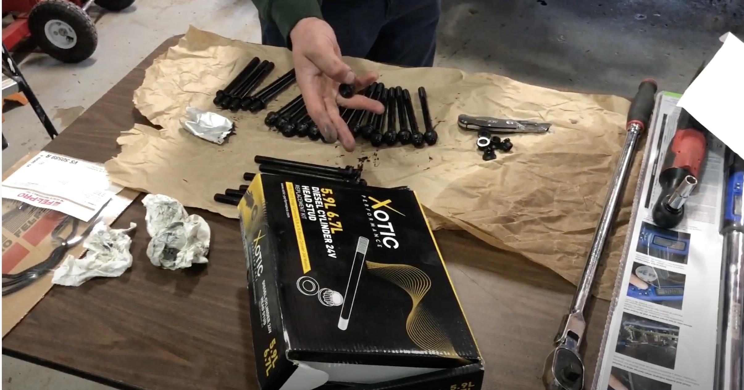 Set of 16 ARP 1001403 Black Oxide Chrome Moly Steel 12-Point Stud Kit