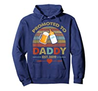 Promoted To Daddy Est 2019 Vintage Arrow T-shirt Hoodie Navy