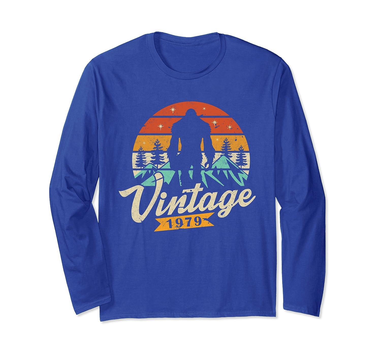 40th Bigfoot Birthday Shirt Vintage 1979 Bday Yeti Gift Long Sleeve T-Shirt