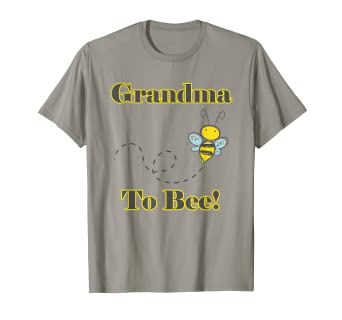 Amazon Com Grandma To Bee Fun Pregnancy Announcement T Shirt Clothing
