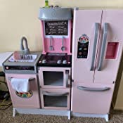 Amazon Com Disney Princess Style Collection Gourmet Smart Kitchen With Lights Sounds 20 Accessories Toys Games