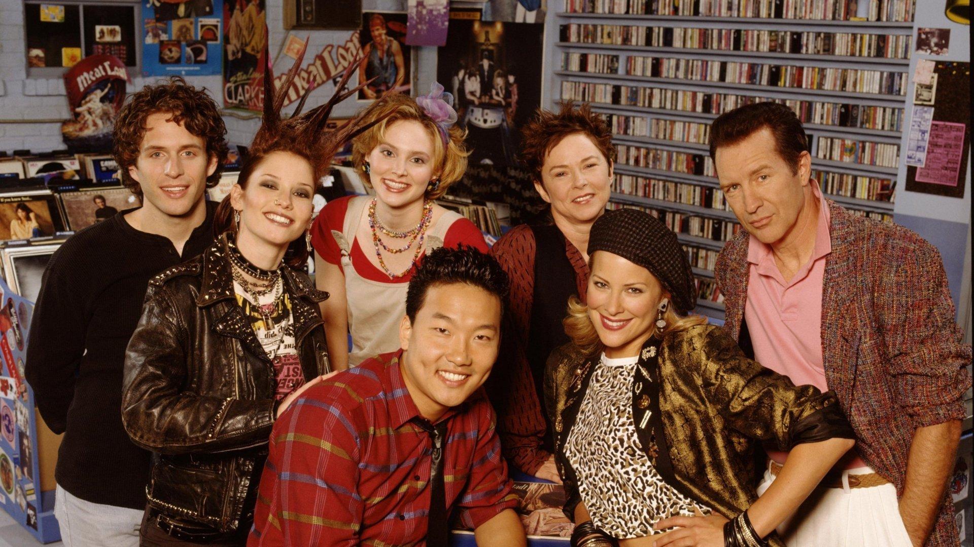 Brittany Daniel, Tinsley Grimes, Chyler Leigh, Geoff Pierson, Margaret Smith, Glenn Howerton, and Eddie Shin in That '80s Show (2002)