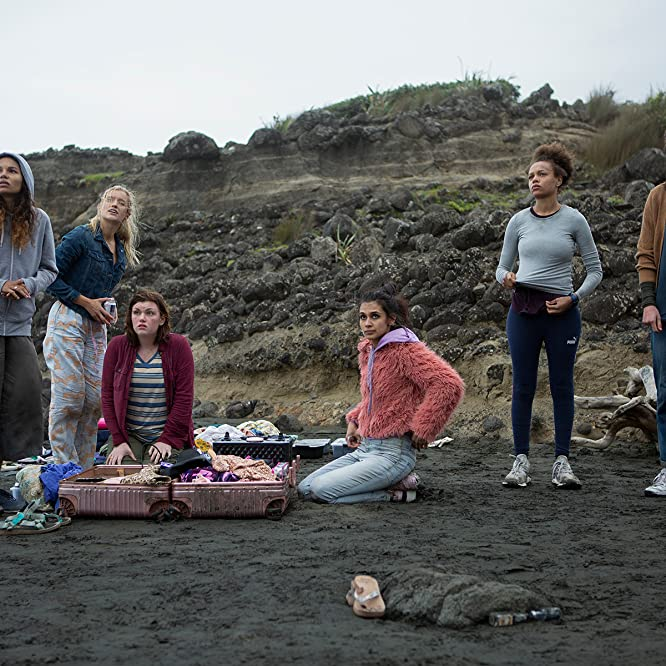 Mia Healey, Sophia Ali, Reign Edwards, Sarah Pidgeon, Shannon Berry, and Helena Howard in The Wilds: Day Two (2020)