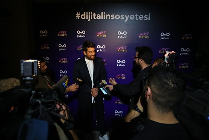 Enis Arikan at an event for Jet Sosyete (2018)