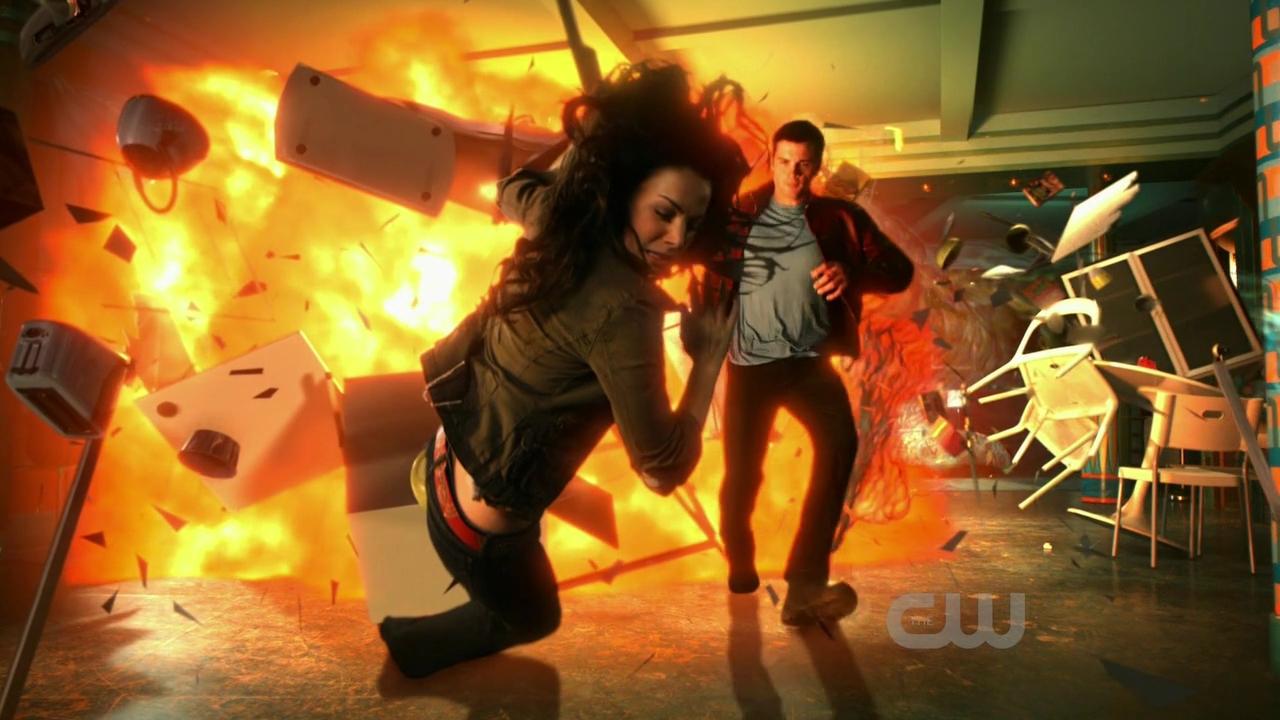 Smallville 10×07 – Emboscada
