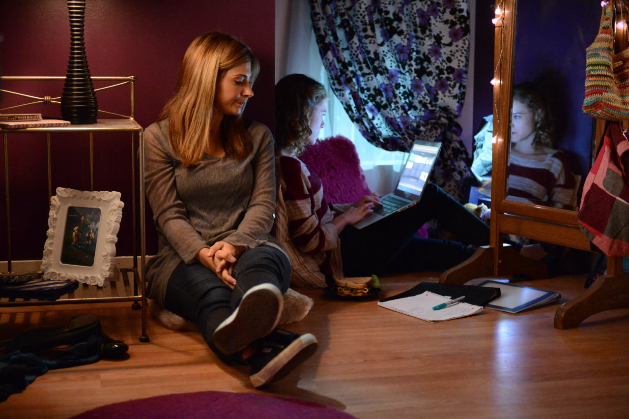 Callie Thorne and Laura Wiggins in Thinspiration (2014)
