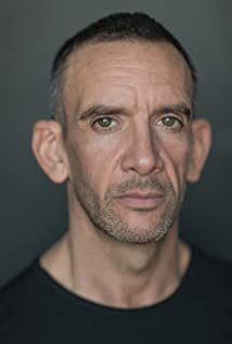 Neil Ashton Picture