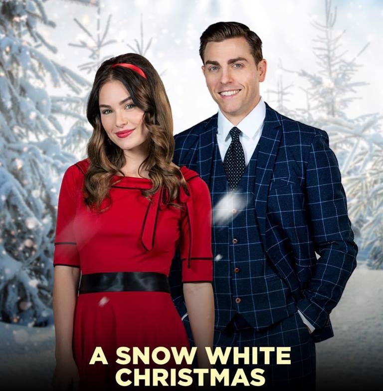 White Christmas Snow.A Snow White Christmas 2018