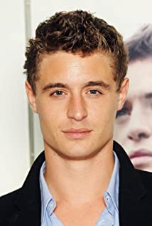 Max Irons Picture