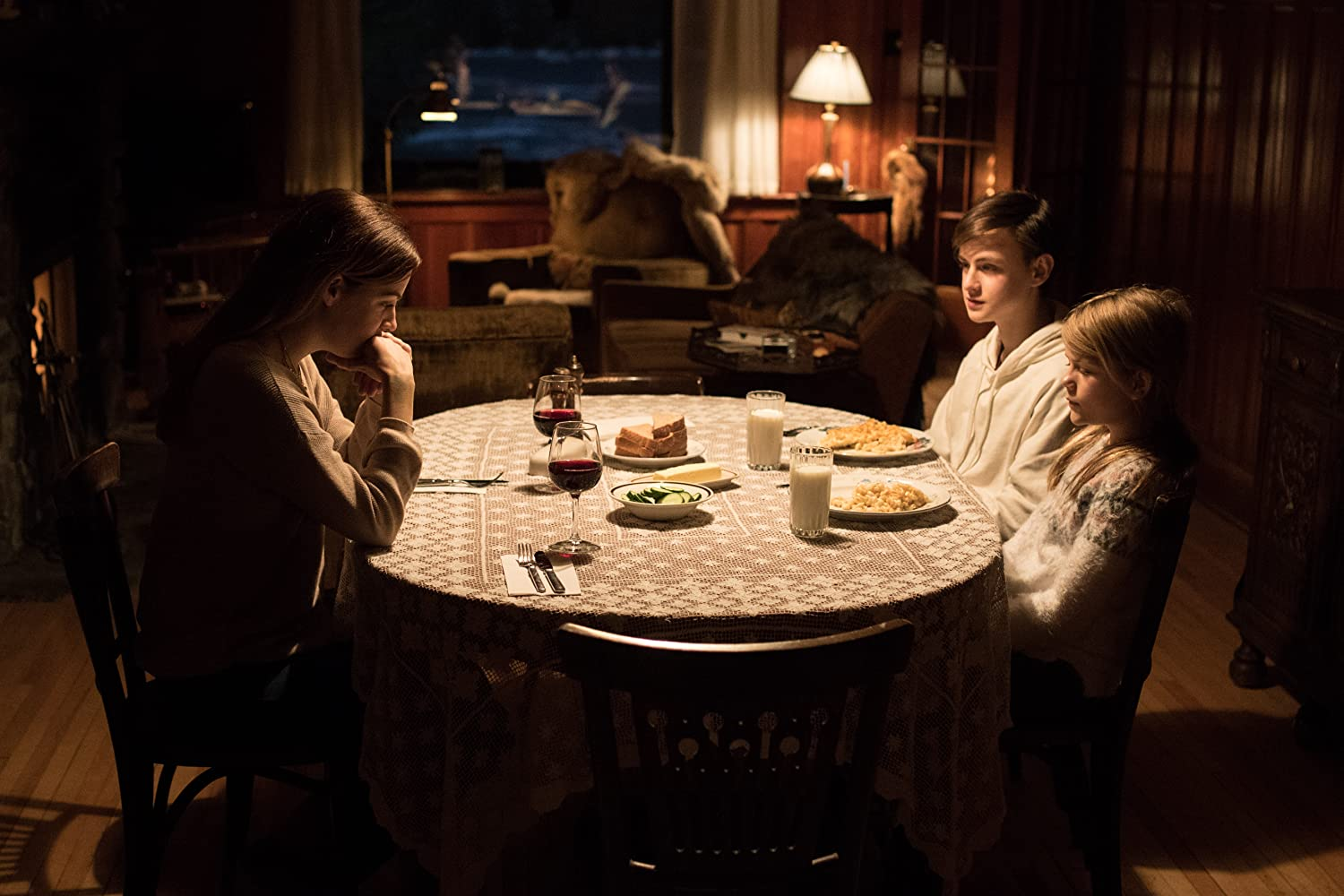 Riley Keough, Jaeden Martell, and Lia McHugh in The Lodge (2019)